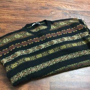 GEOFFREY BEENE Men's Crewneck Lambs Wool Sweater